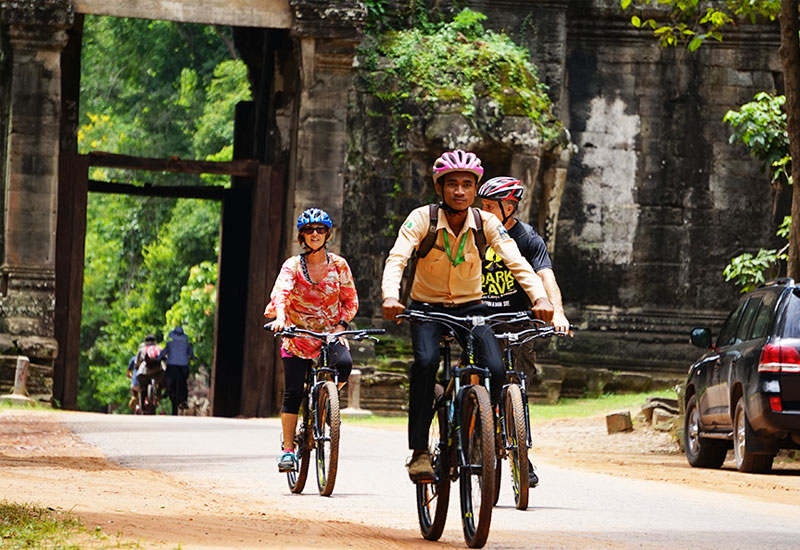 siem reap temple cycling tour