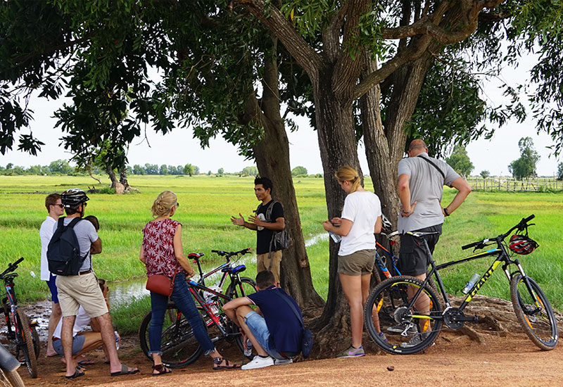 prvate tour guide in siem reap