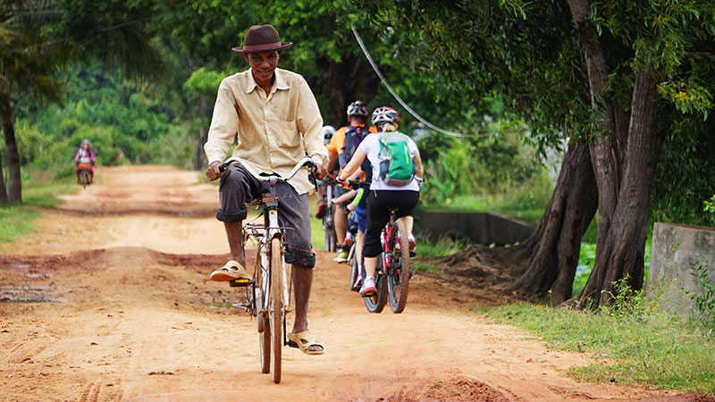 cycling tour in siem reap