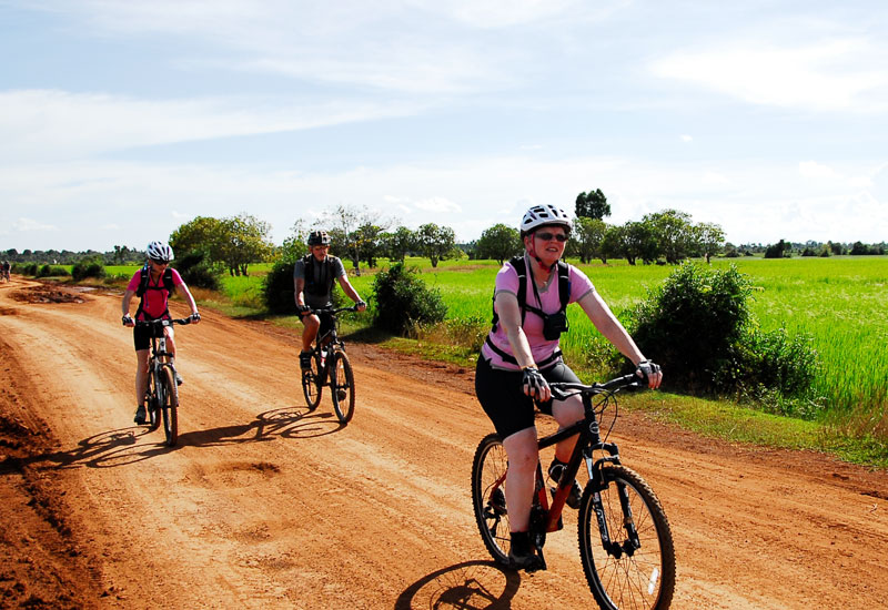 cycling vacation in Cambodia