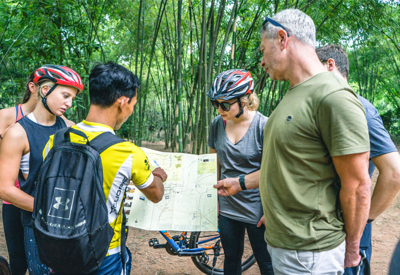 cycle-tour-floating-village-siem-reap